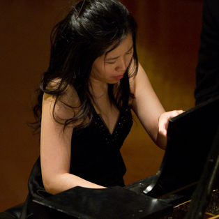 Chameleon Up Close: Gloria Chien & Elizabeth Schumann, piano four-hands