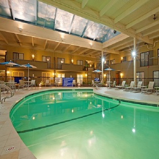 Holiday Inn Foxboro-Mansfield
