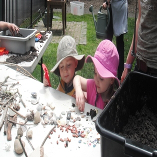 Super Summer Science Investigators Series - Dino Dig
