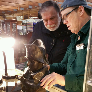 FREE Antique and Vintage Appraisals - Fire, Police, Aviation and other