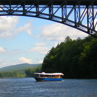 Riverboat Cruises Begin June 28th!
